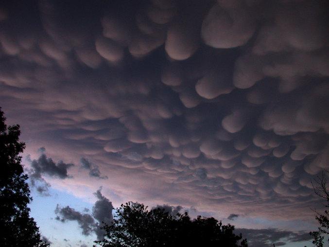Des nuages bien étranges et réels !