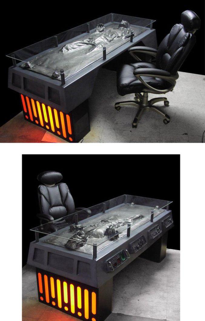 Un bureau parfait pour les fans de Star Wars.