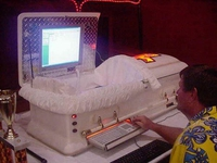 Cercueil geek