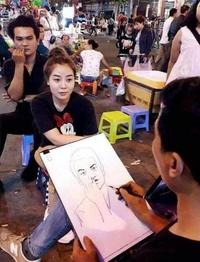 Portraitiste de rue