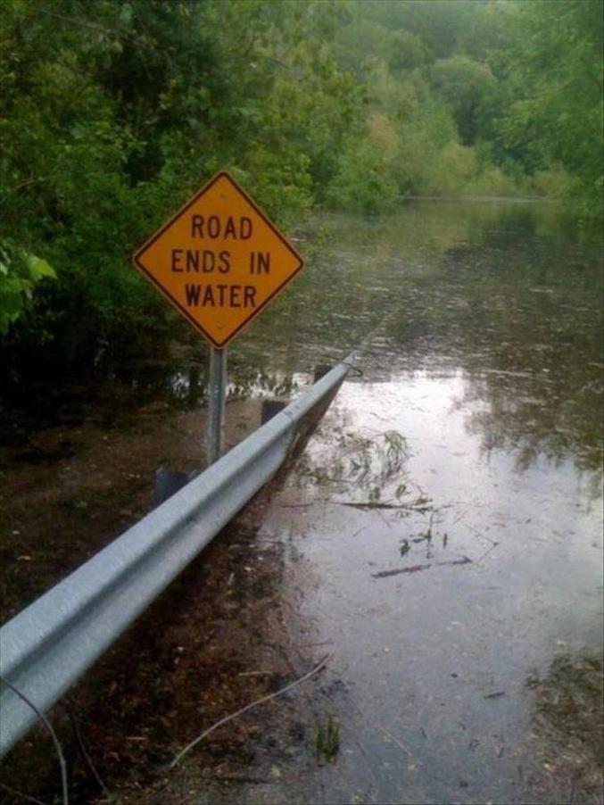 """""""la route finit dans l'eau"""""""