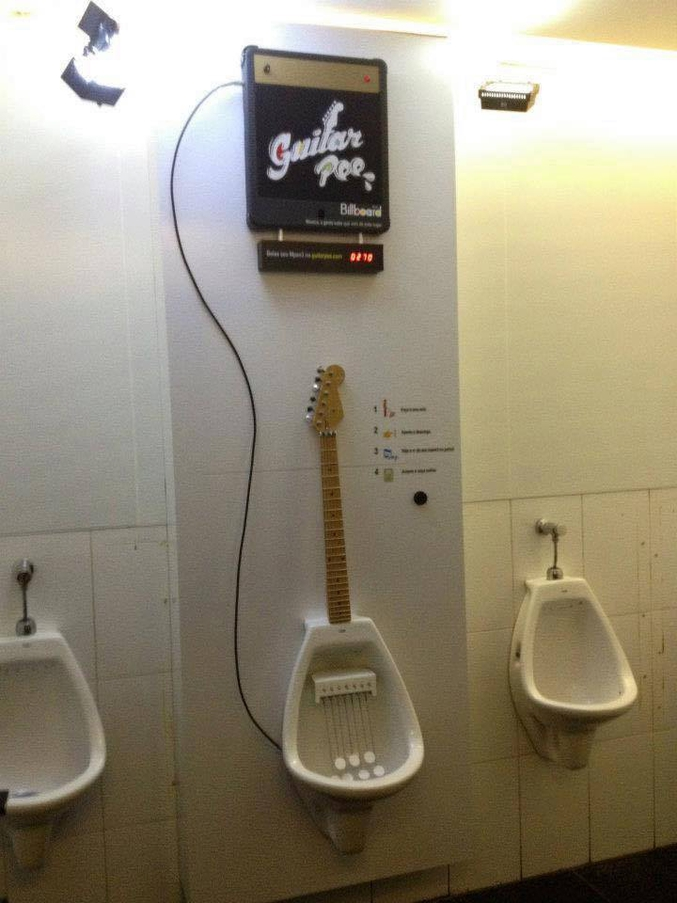 jouer de la guitare avec sa B...