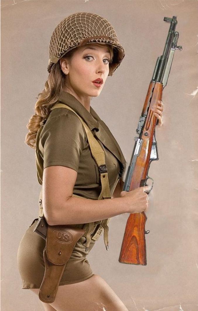 J'dis ça parce que l'uniforme est US alors que le fusil est russe