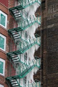 En cas d'incendie, brisez la glace