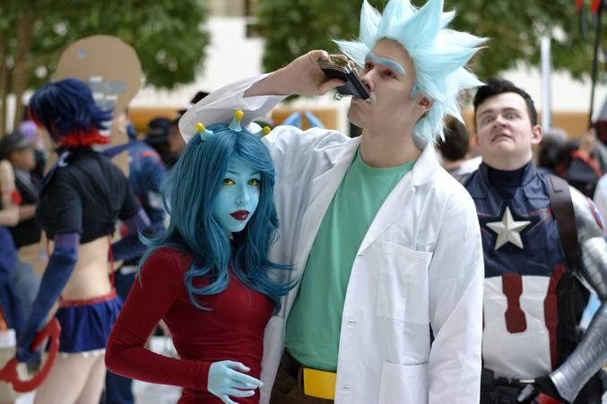 """Thanks Captain (Pour ceux qui connaisse pas, c'est un Cosplay du personnage Rick de """"Rick and Morty"""". Le générique : https://www.youtube.com/watch?v=u_7ou27JwxM)"""