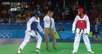 Comment gagner un combat de taekwondo sans toucher son adversaire