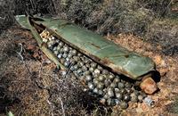 En Syrie, les belligérants sont tellement contents d'être là qu'ils s'envoient des boules de pétanque...
