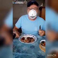Astuce pour manger avec un masque