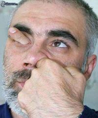 Kan tu te mets le doigt dans l'oeil