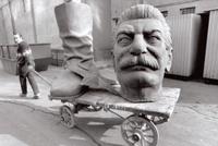 Staline au pied levé