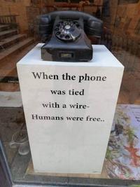 Époque révolue du téléphone branché